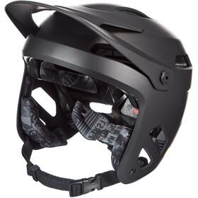 Giro Tyrant MIPS Helm, matte black hypnotic